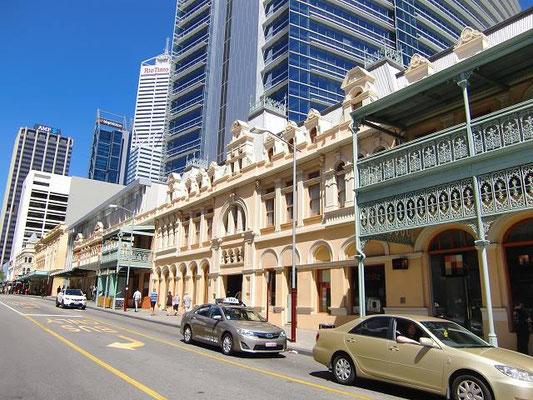 Perth City Central - 歴史を感じさせる建物はパースにもたくさんあります