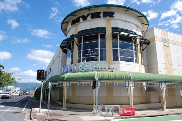 MYER -  ケアンズセントラルショッピングセンターの中にあるオーストラリアの大手デパート