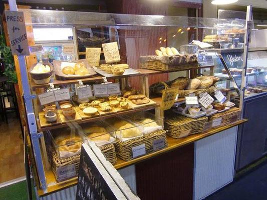 Adelaide Central Market - アデレードには、おいしいパン屋さんがたくさんあります。