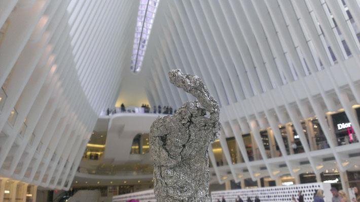 Die neue große Metrostation und Einkaufszentrum beim One World Trade Center