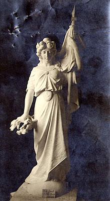 """Modèle de la statue """"Liberté"""" du monument d'Hauteville"""