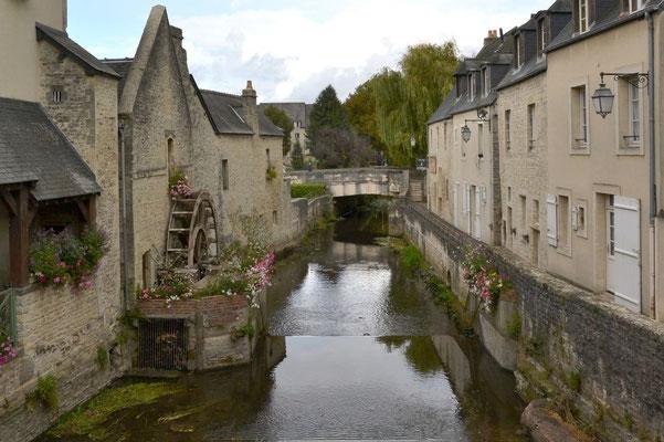 Bayeux liegt am Flüßchen Aure