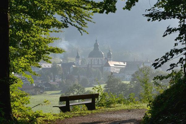 … vorbei an Kloster Ettal …