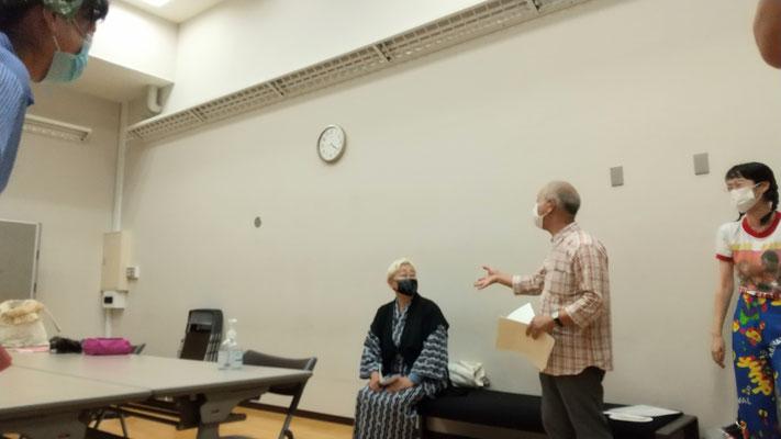 講談まつり 鶴瑛先生と琴星師匠。左手前は貞寿先生、右は銀冶先生。