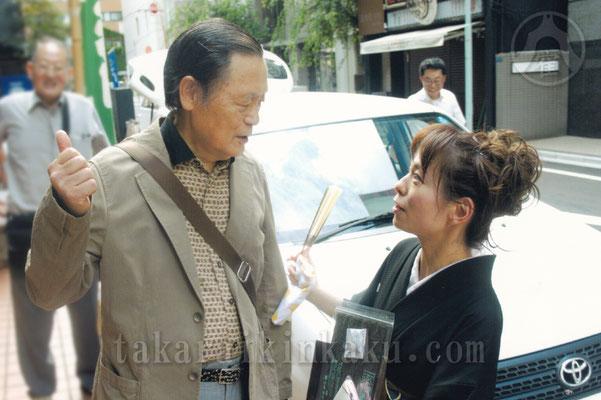 2011年 宝井琴柑講談会きんかんよみ         心配でこっそり見に来た大師匠宝井馬琴