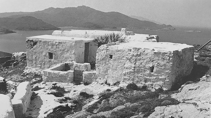 Chorio in Moroergo (Mykonos), 1973. view to the north