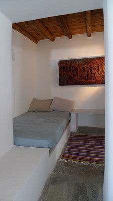 Alcove / Extra bed