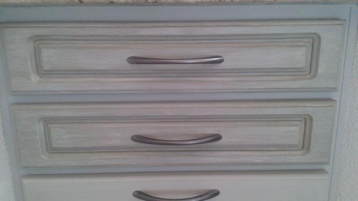 Détail tiroirs de cuisine