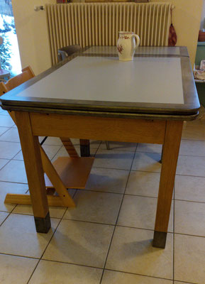 Table transformée,faire Repeindre un meuble à Crolles
