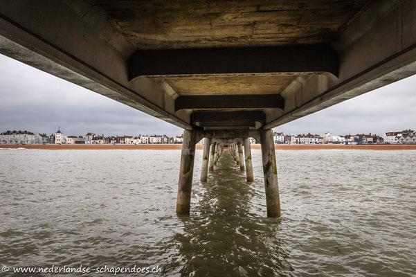 Blick vom Pier (untere Etage) auf Deal