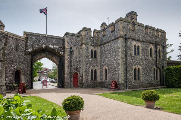 Arundel Castle, Eingangstor