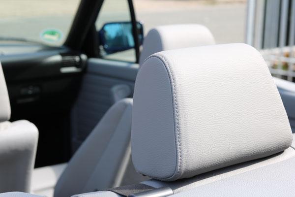 BMW 3er (E30) Cabrio - Kopfstützen der Rücksitzbank im Detail