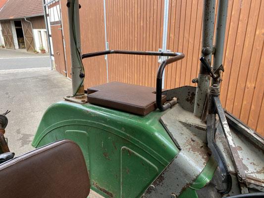 Die Sitzkissen wurden nach Sonderform angefertigt um perfekt aufzuliegen.