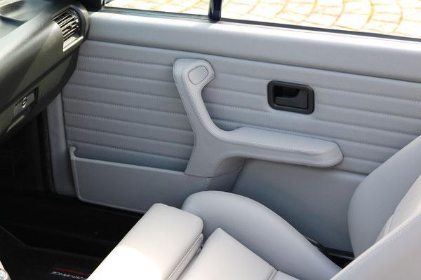 BMW 3er (E30) Cabrio - Die Beifahrerseite im Detail