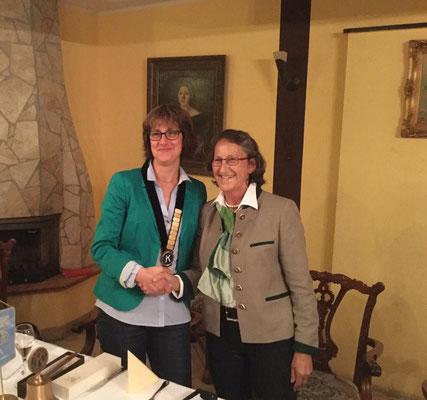 Anja Gimpel-Henning (links) ist neue Präsidentin 2015/2016