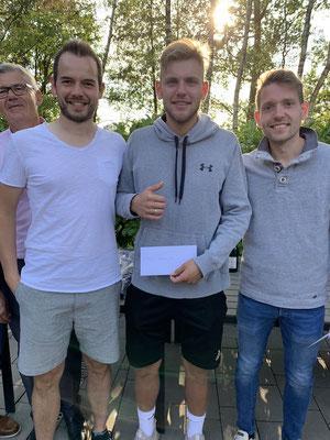 Die drei Spitzenspiler im Herren A-Feld: Simon Graute (2.), Phlipp Scholz (1.), Heiko Pickert (3.)