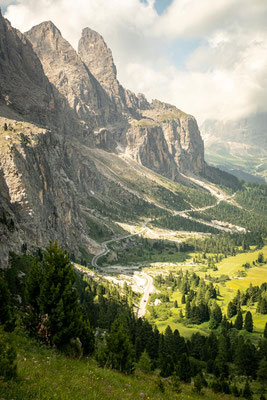 Thew views of the road leading up to Passo Gardena.