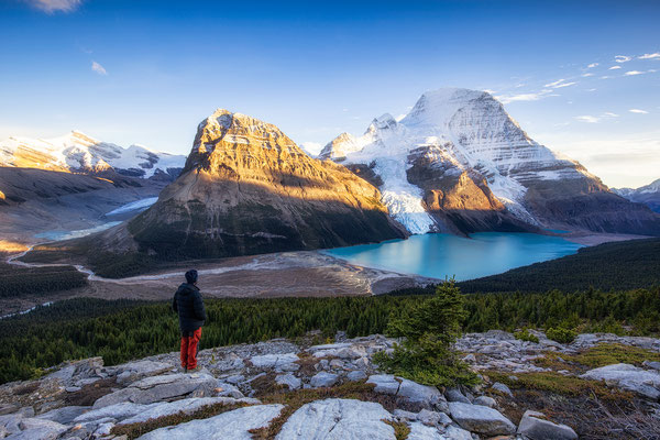 Mumm Basin hike. Guide to Berg Lake Trail - Mount Robson Provincial Park in Canada