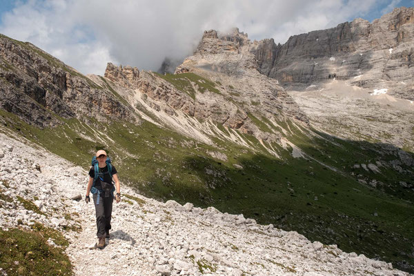 Approaching Forcella Grande - the last pass before the descent to rifugio San Marco