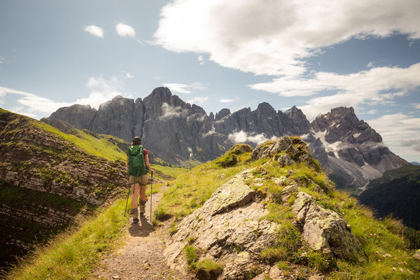 Leaving Passo Valles and beginning the ascent to rifugio Mulaz