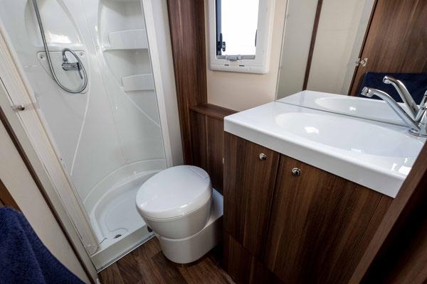 The bathroom in a 6 berth motorhome