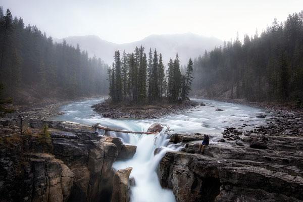 Sunwapta Falls. Best hikes in Jasper National Park