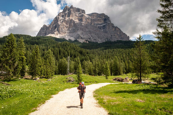 Start of the long ascent to rifugio Coldai. Mount Pelmo in the background