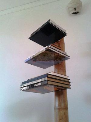 Bambooks - los libros parecen estar flotando!!