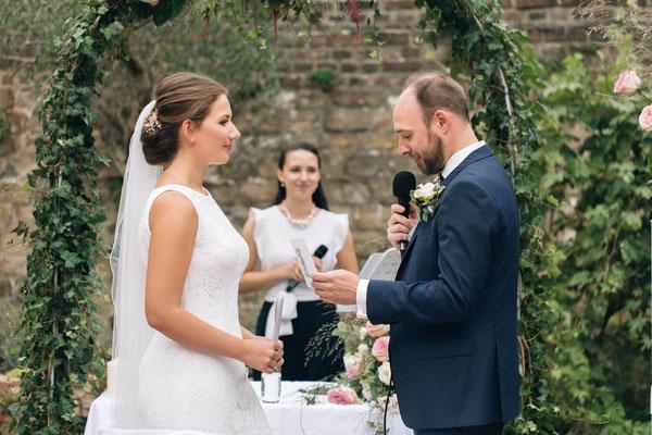 Moderatorin für Hochzeit in NRW