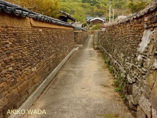 特長ある石塀