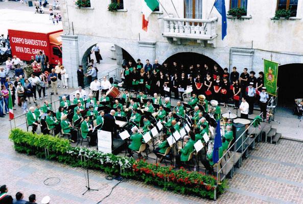 Concerto per la festa della Repubblica. Piazza 3 novembre Riva del Garda