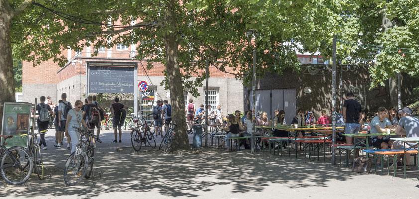 University beergarden (AKK)