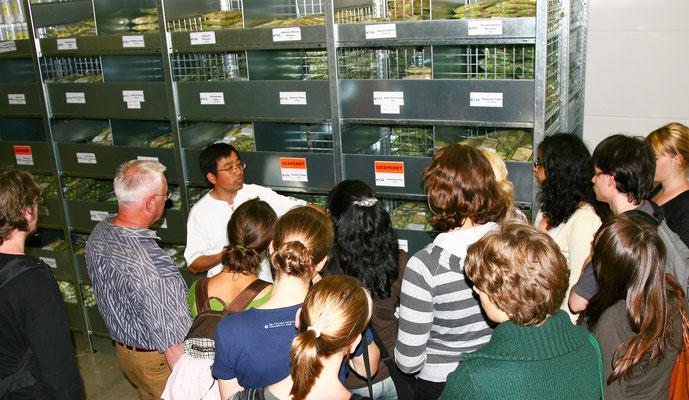 德国 Komor 教授带领拜罗伊特大学生物系学生到公司参观实习