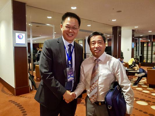 有幸结识浮针发明人、世中联浮针专业委员会会长、南京中医药大学教授符仲华。