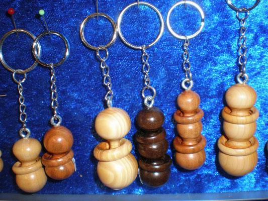 Schlüsselanhänger div. Holz