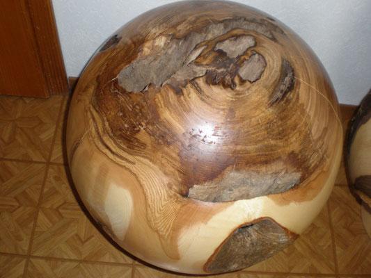Eschenkugel 58 cm Durchmesser