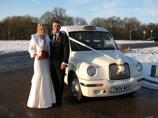 Winter Weddings Do Work even with snow
