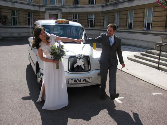 Gia and Sean fully relaxed at Wandsworth Town Hall after the Wedding Ceremony