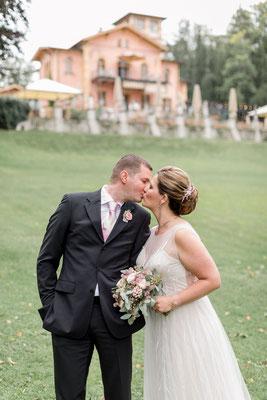 Foto: Sindia Boldt, www.sindiaboldt.de/wedding | Freie Trauung Starnberger See Trauredner Thomas Hoffmann La Villa freie Trauung freier Trauredner