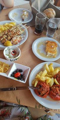 Taverne Sto Plai Hauptgericht und Vorspeise