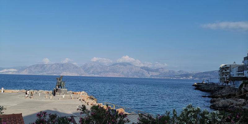 AUsblick von Agios Nikolaos