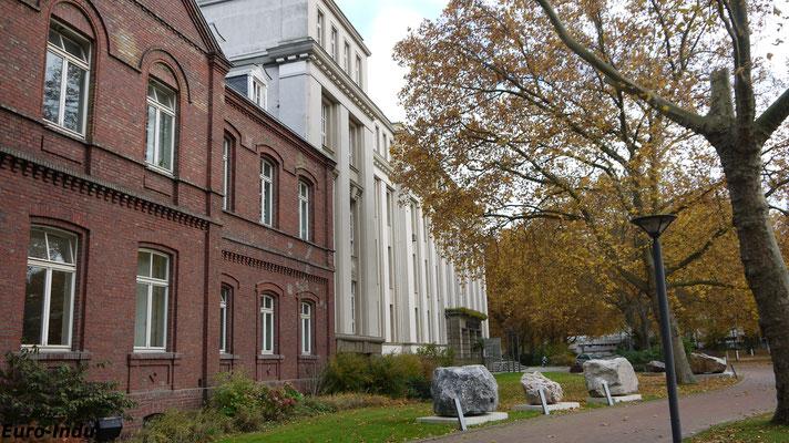 Ehemaliges Portiergebäude der Hoesch AG. Heute Hoesch Museum