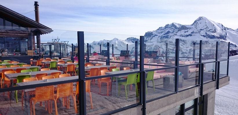 Windschutz für Terrasse in den Bergen