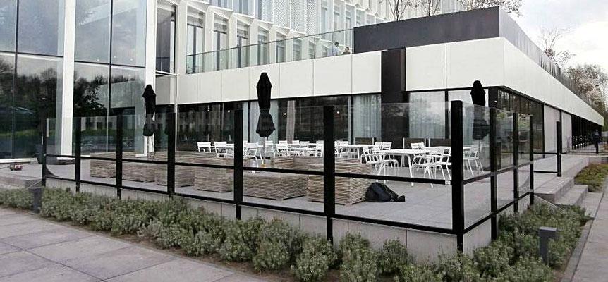 Terrasse Hotel Windschutz