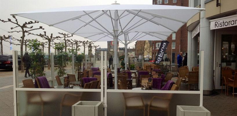Windschutz für Terrasse Eiscafe