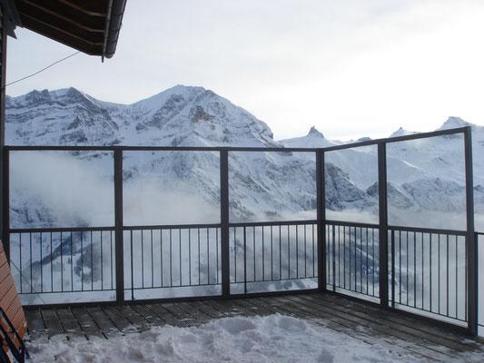 Windschutzwände in den Bergen