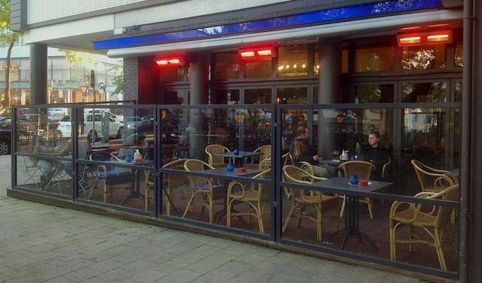 Terrasse mit Windschutz und Heizung