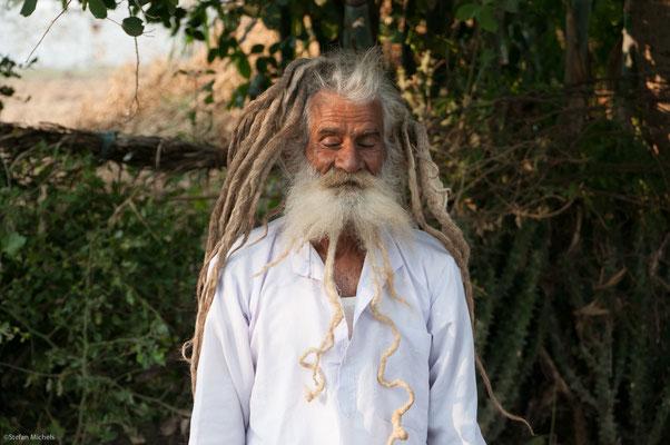 Sadhu, weltliches Leben aufgegeben