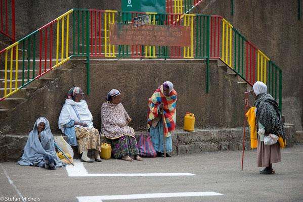 Addis - auf dem 3.000m  hohen Plateau über Addis (Entoto) liegt die Marienkirche.