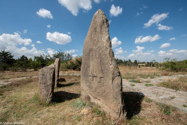 Stelenfeld von Tina. Hier befindet sich die wichtigste der bislang 160 entdeckten archäologischen Stätten im Soddo-Gebiet.